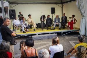il ministro dell'ambiente Orlando saluta i partecipanti all'arrivo a Modena