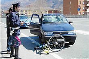 incidente auto bici